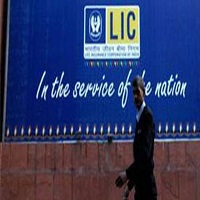 LIC made fresh investment in 16 stocks, bought additional stake in 43 counters in Q4 !!